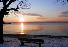 Winterliche Sonnenuntergangsstimmung am Ammersee