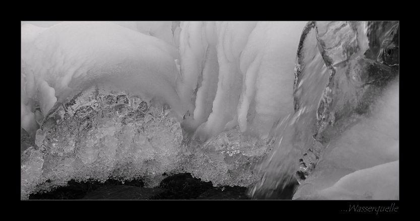 -winterliche Wasserquelle