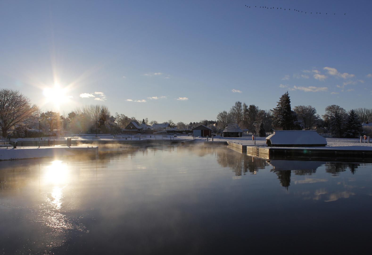 Winterlicher Bodstedter Hafen