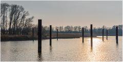 Winterruhe im Hafen Haseldorf