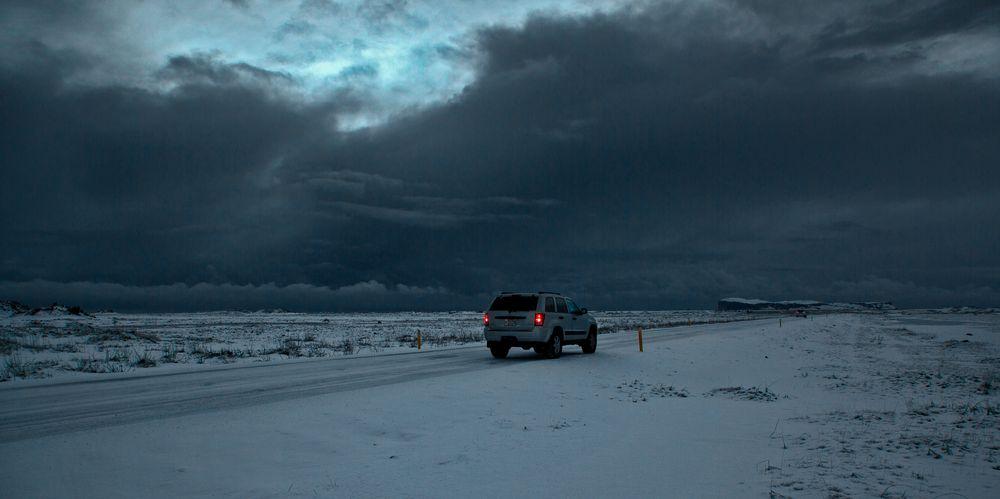 Wintersturm über Island