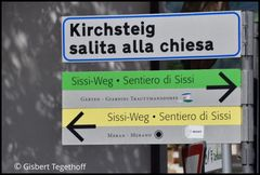 Wo gebt es zum Sissi Weg ?  Recht oder links ?