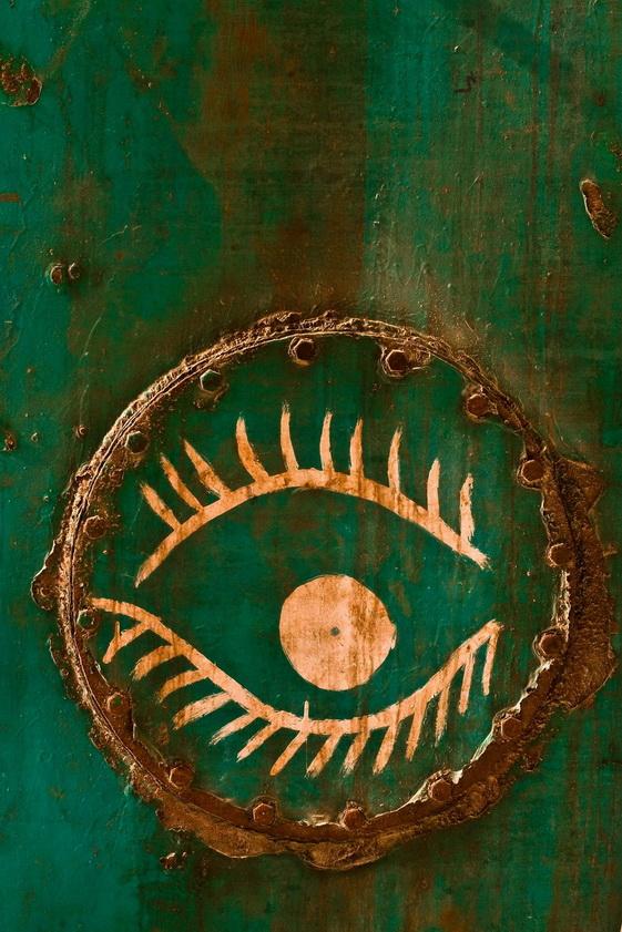 wodden eye