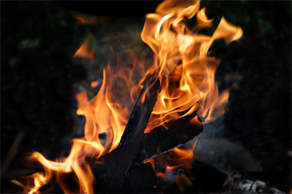 Wohltätig ist des Feuers Macht,