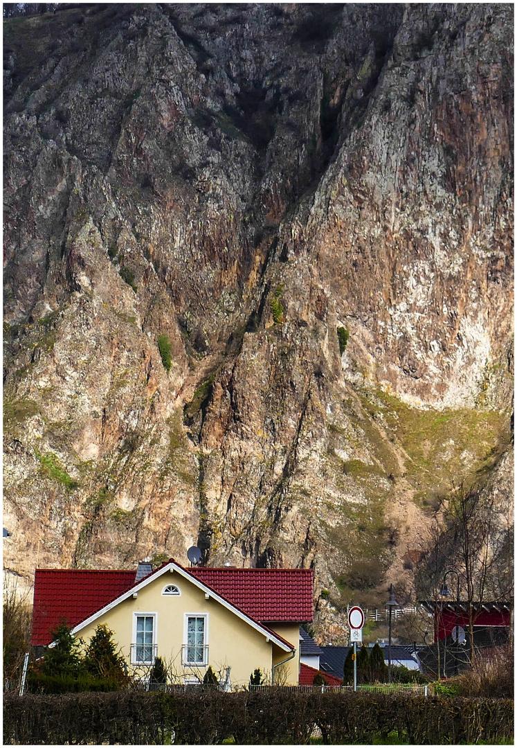 Wohnen am Fels