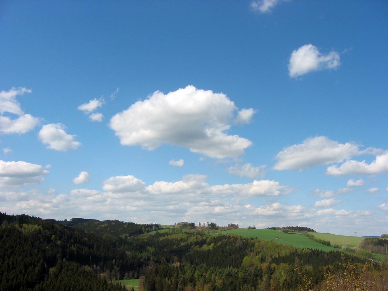 -- Wolken --