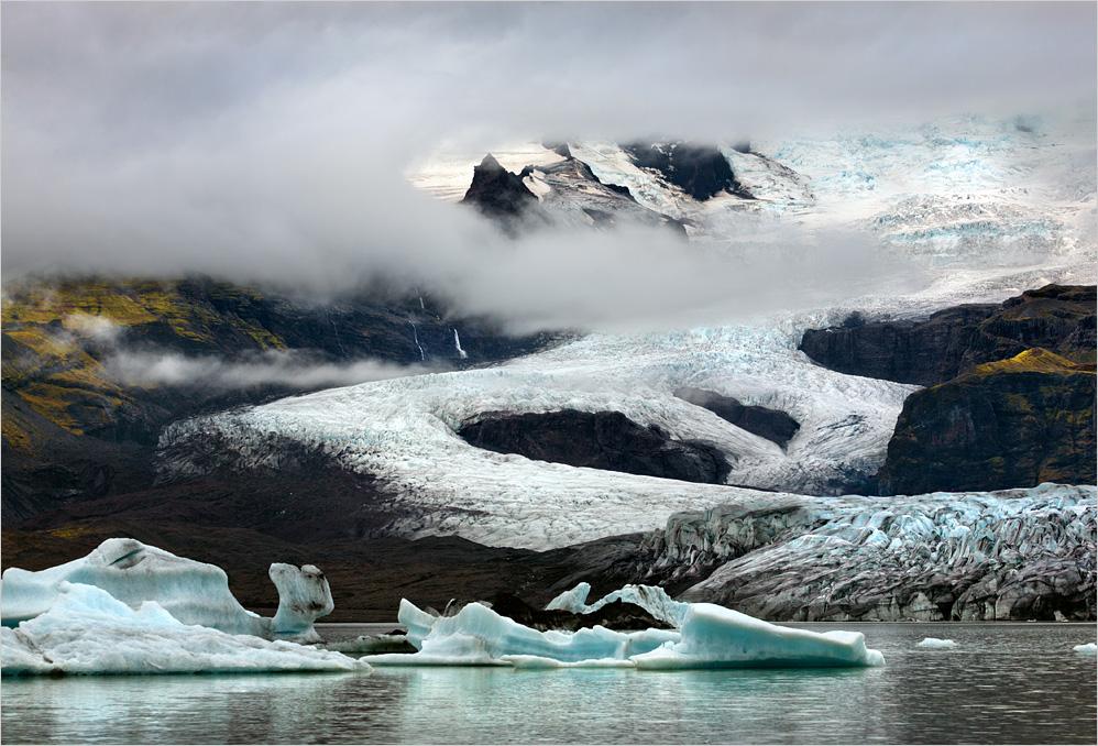 Wolken am Gletscher