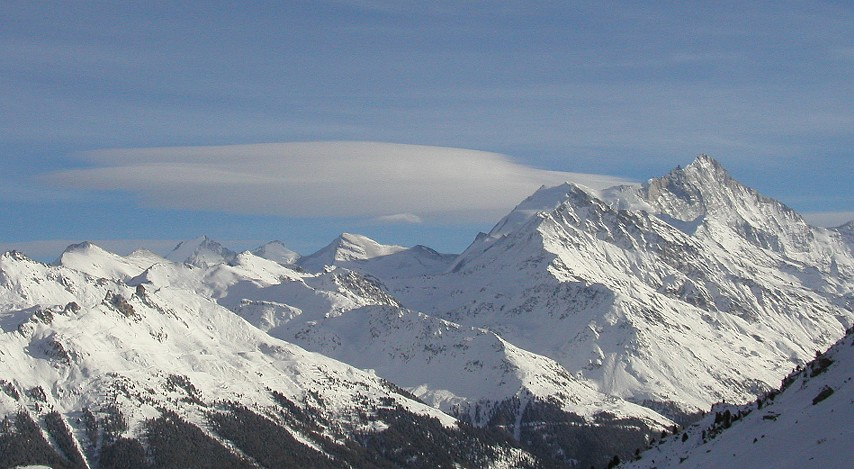 Wolken am Weißhorn