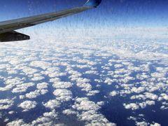 Wolken aus 10km Höhe auf dem Flug nach Gran Canaria