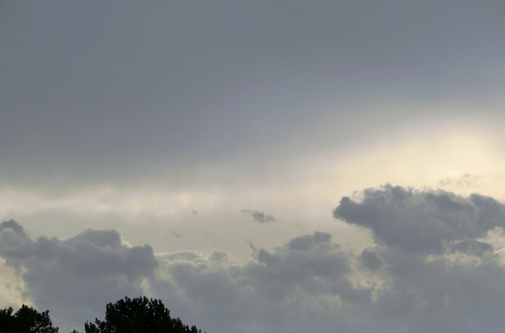 Wolken, da braut sich was zusammen!
