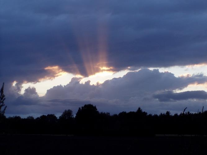 Wolken-Durchbruch