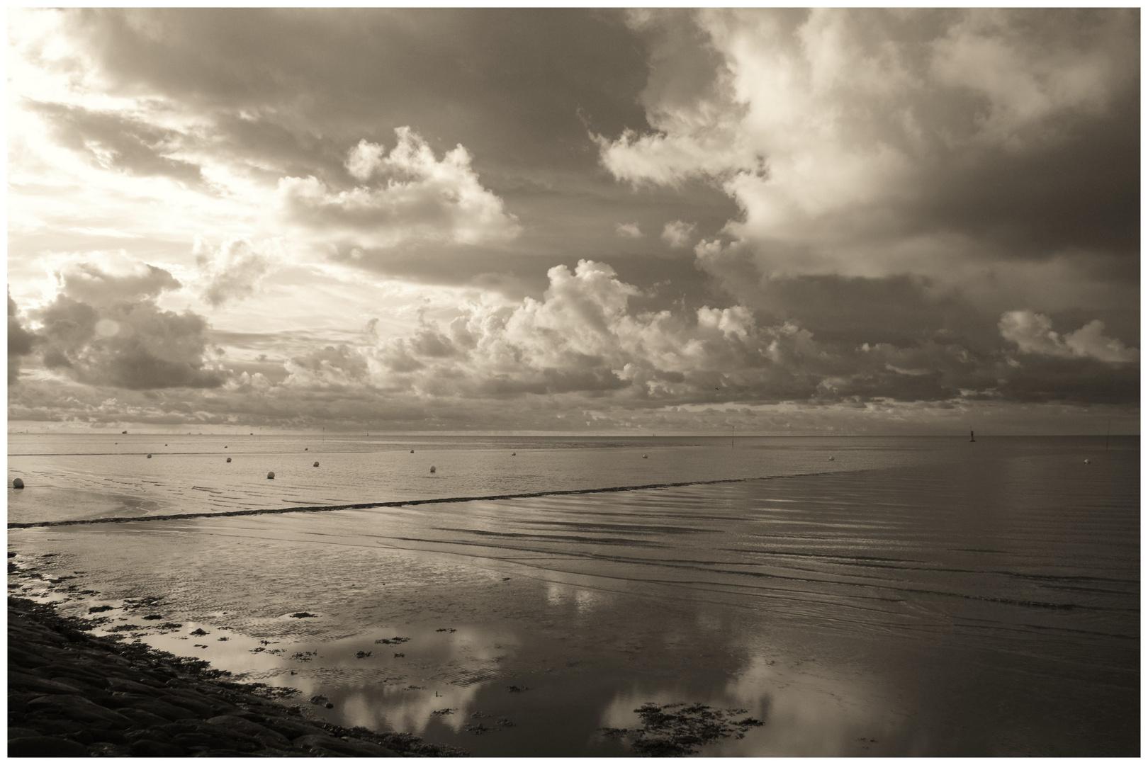 Wolken // Elbe