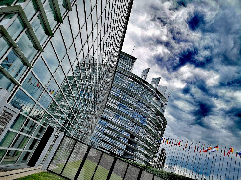 Wolken EuPA Strasbourg P20-20-colfx Aktuell +nun8Fotos