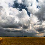 Wolken-Feld