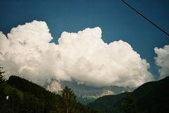 Wolken im Gebirge