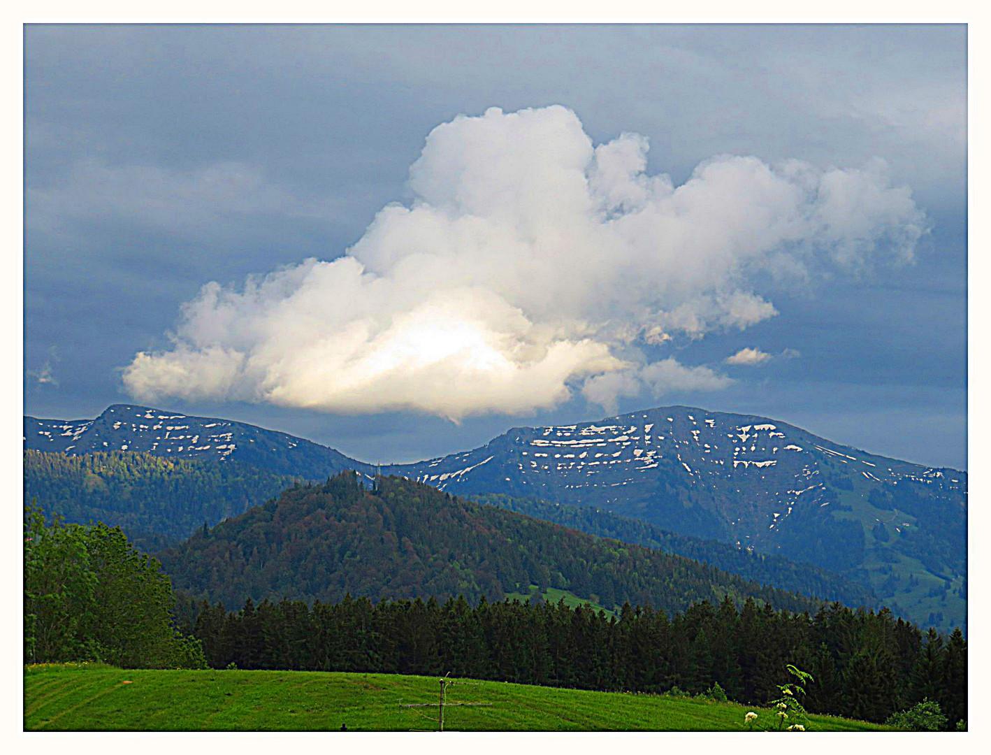 Wolken in den Gipfeln