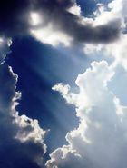 Wolken mit Lichtkranz