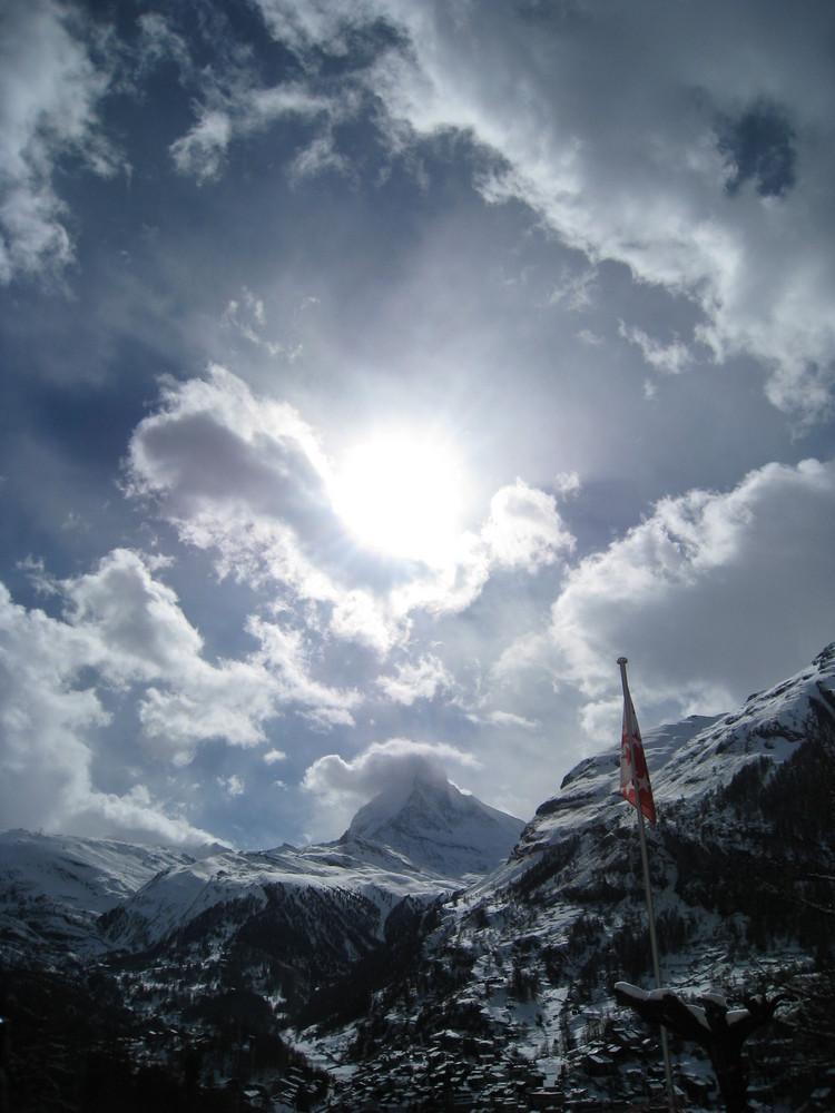 Wolken-Schnee u. Berge
