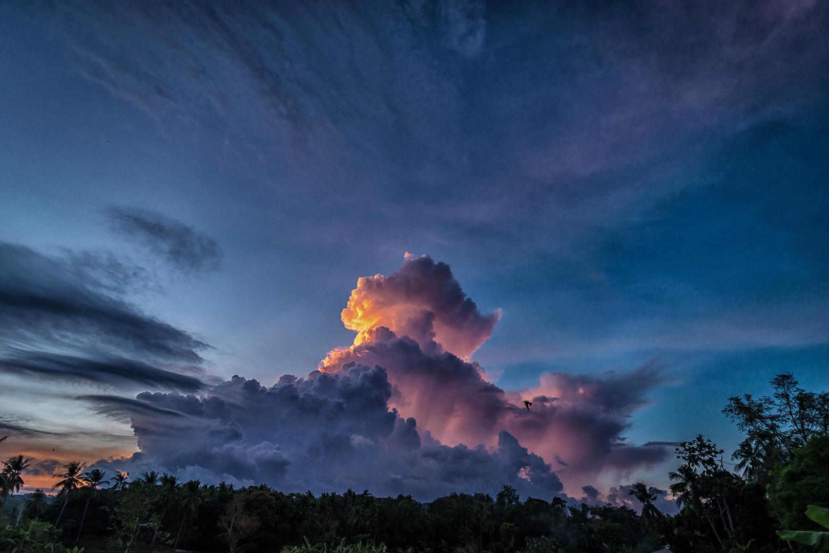 Wolken über Argao