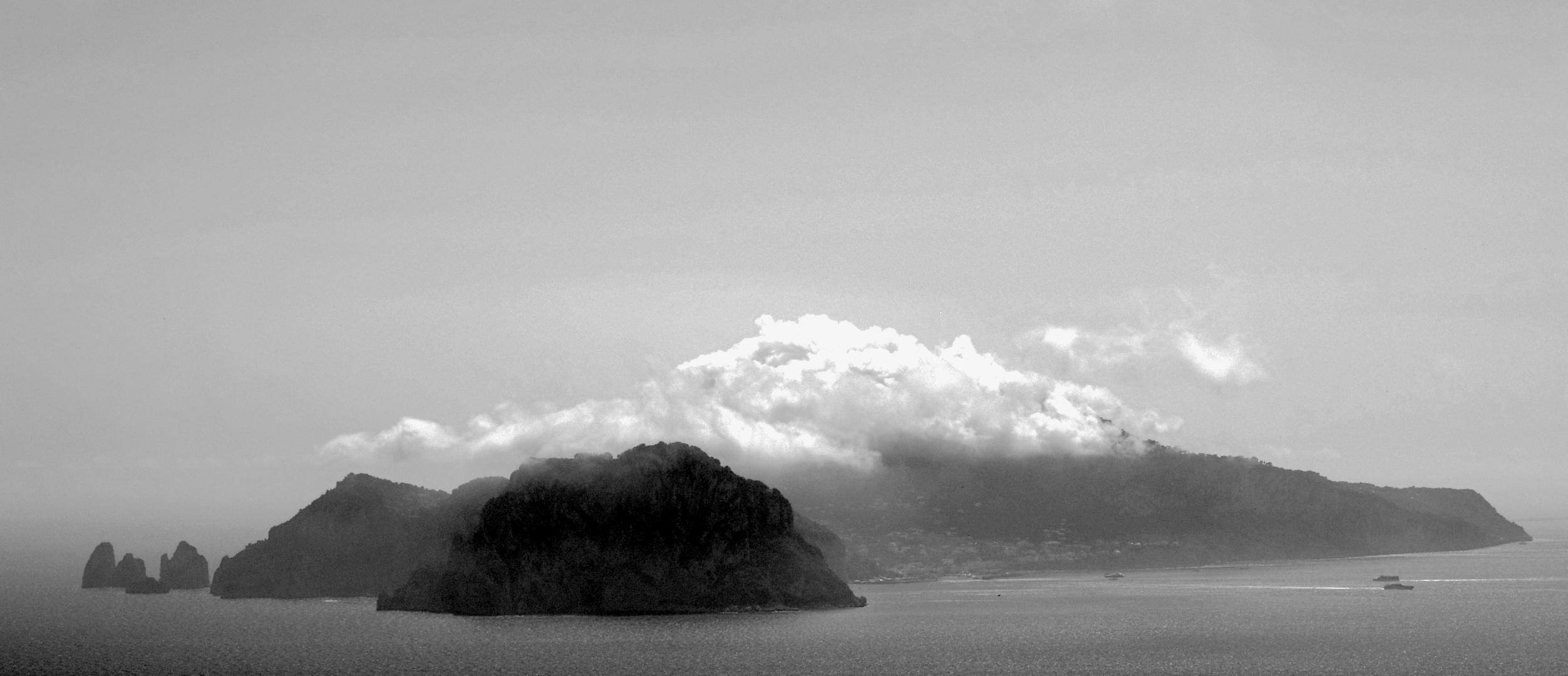 Wolken über Capri
