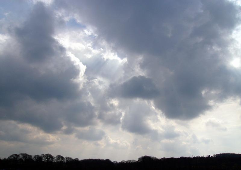 Wolken über dem Baldeneysee