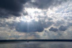 Wolken über dem See...