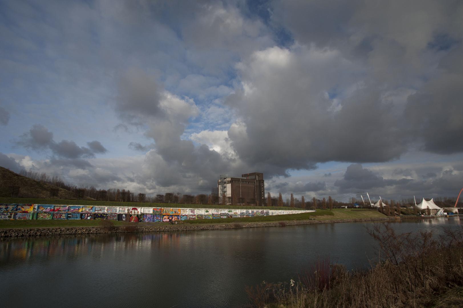 Wolken über den Nordsternpark