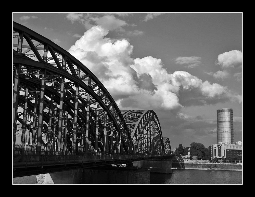 Wolken über Köln