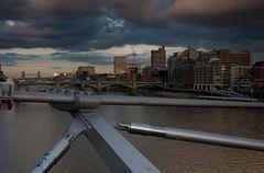 Wolken über London