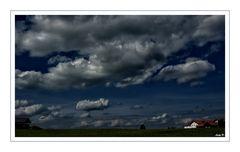 Wolken über`m Land