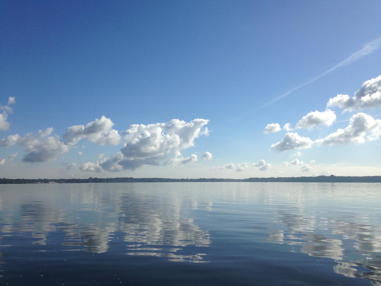 Wolken und Wasser