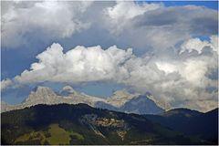Wolkenberge über den Steinbergen