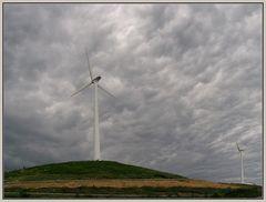Wolkenbilder 1: Windkraft