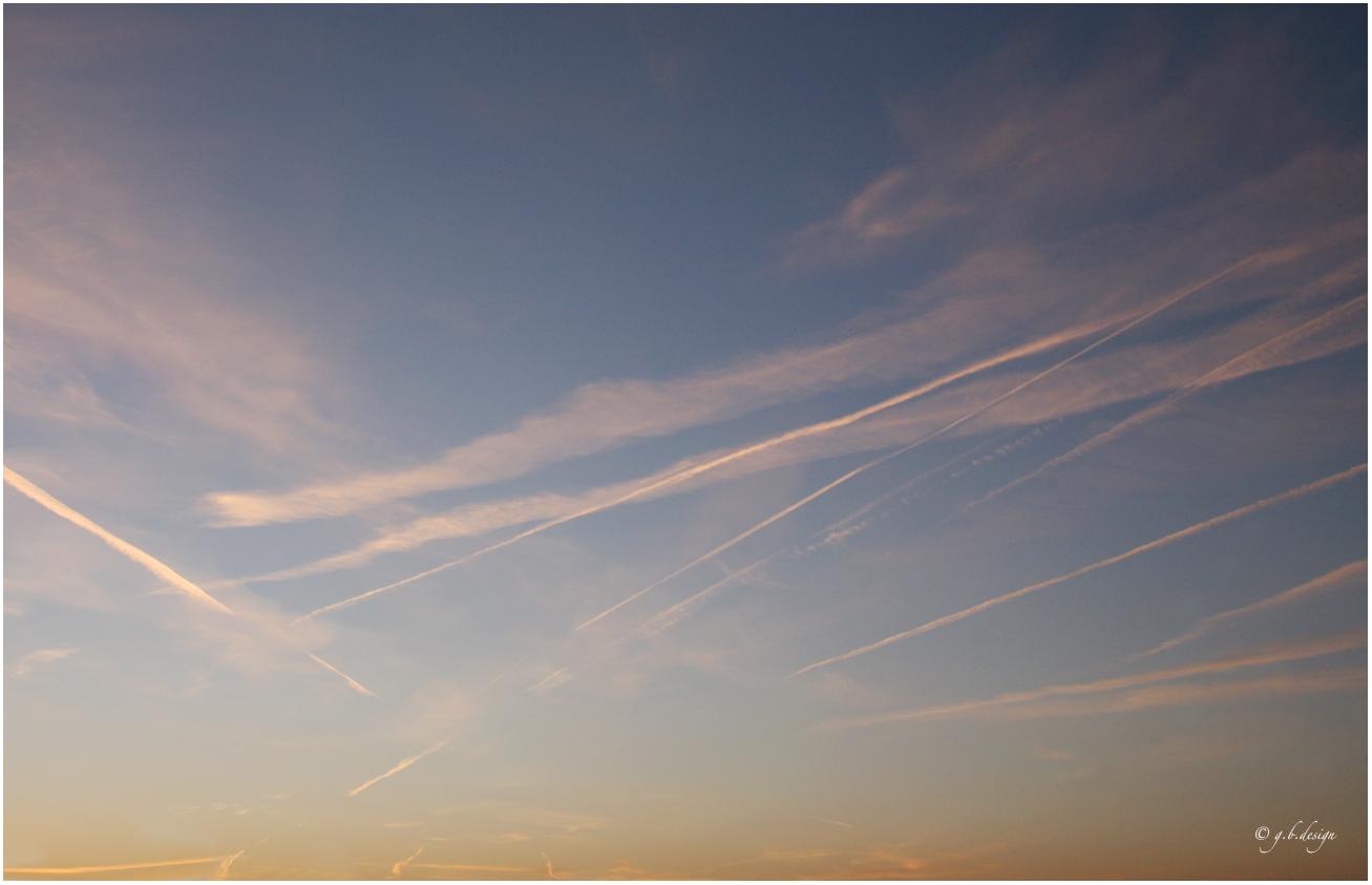 Wolkenbilder: morgens in Pankow