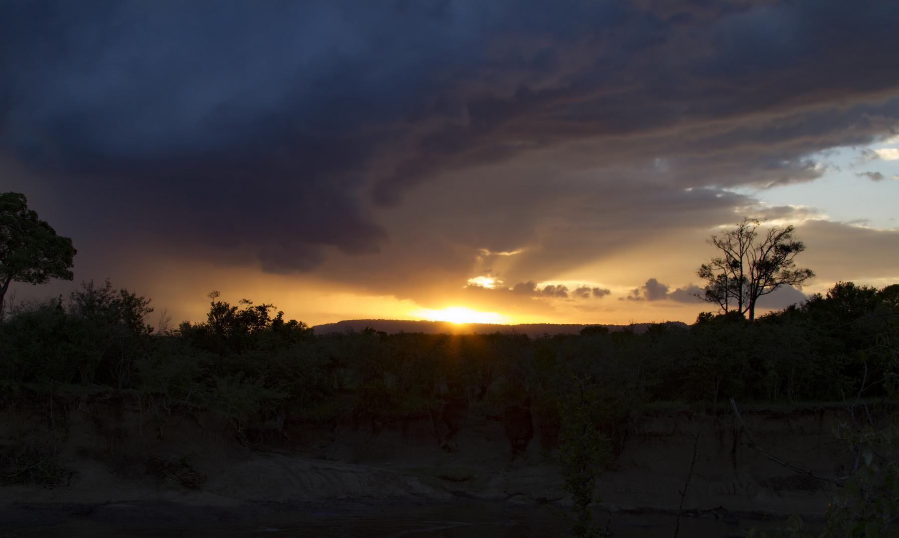 Wolkenformation in der Masai-Mara