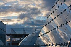 Wolkenspiegelung im Dänischen Pavillon