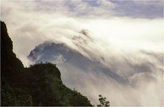 Wolkenumwirbelte Höhen