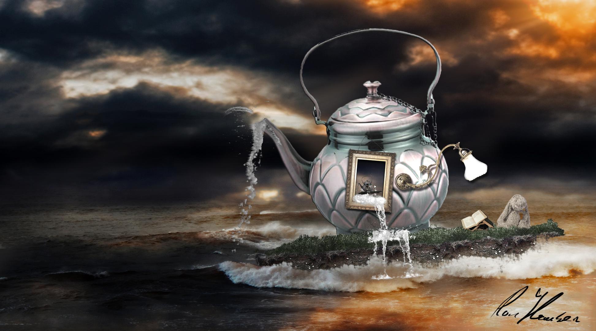 Wonderland's Teapot
