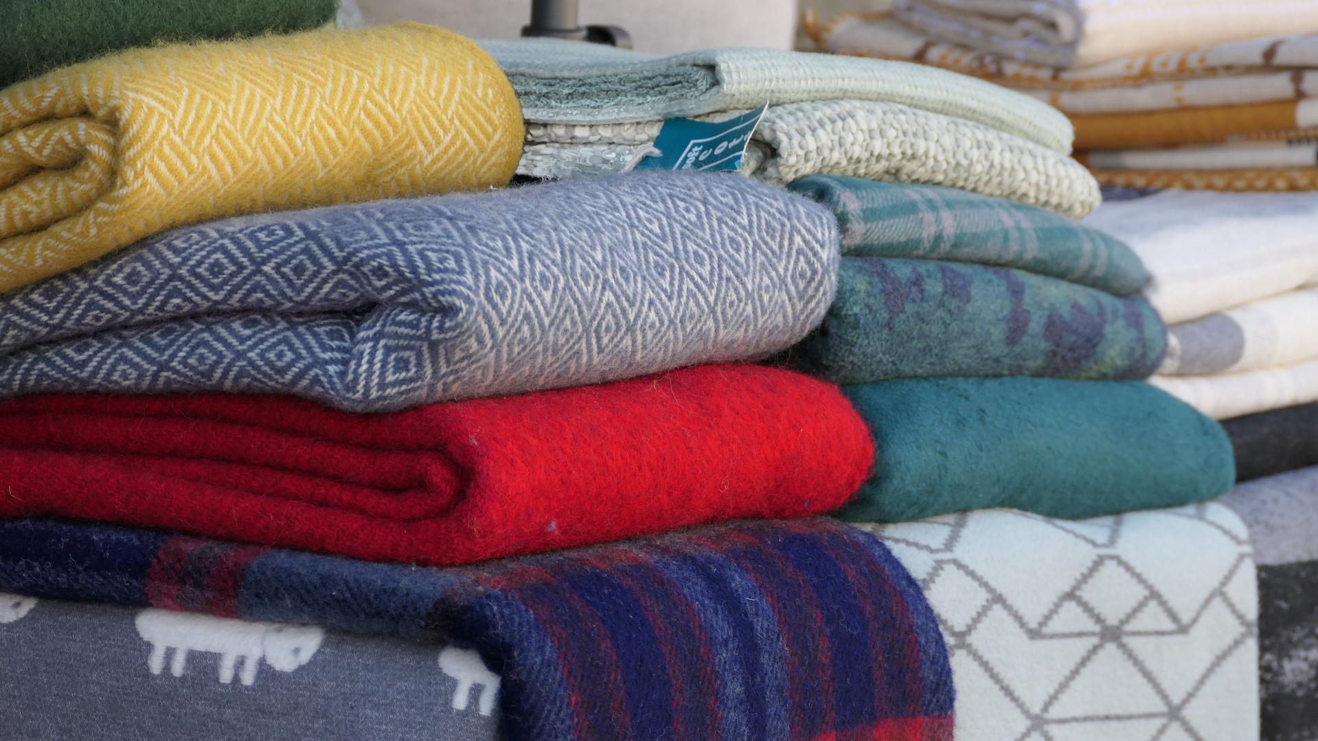 ... woolen blankets