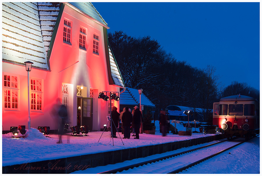 Worpsweder Bahnhof illuminiert