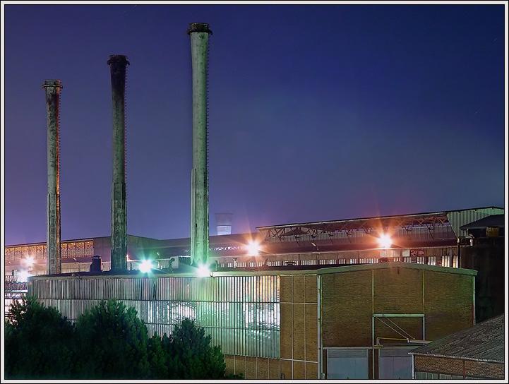 WTK Krefeld bei Nacht
