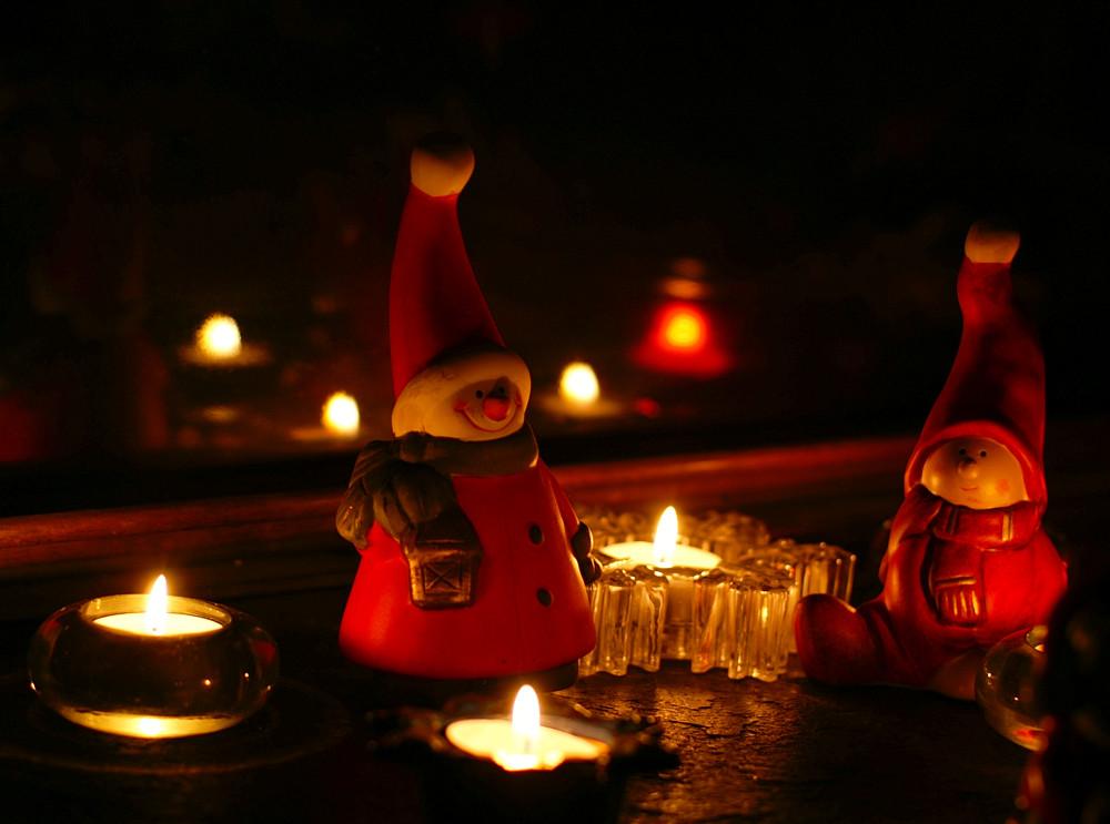 Wünsche allen FC- Mitgliedern friedvolle frohe und beschauliche Adventstage!