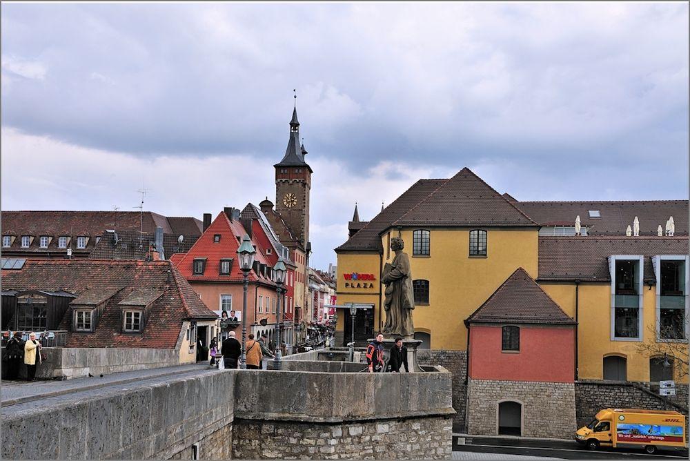 Würzburg - Alte Mainbrücke und City