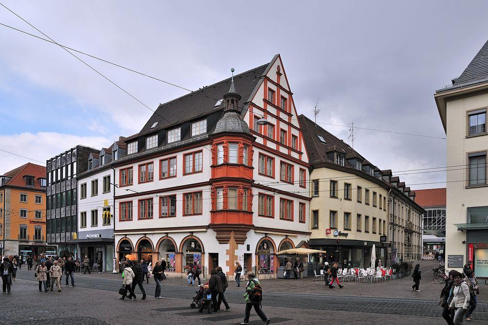Würzburg - Häuser am Markt