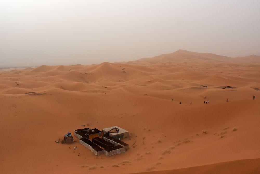 Wüstensturm im Erg Chebbi, Marokkos großer Dünenregion