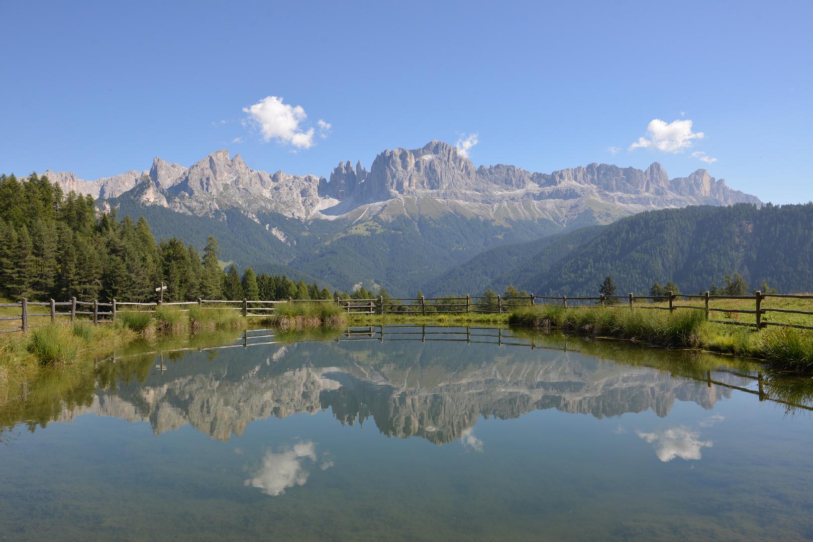 Wuhnleger Weiher mit dem Rosengarten - nähe Tiers in Südtirol