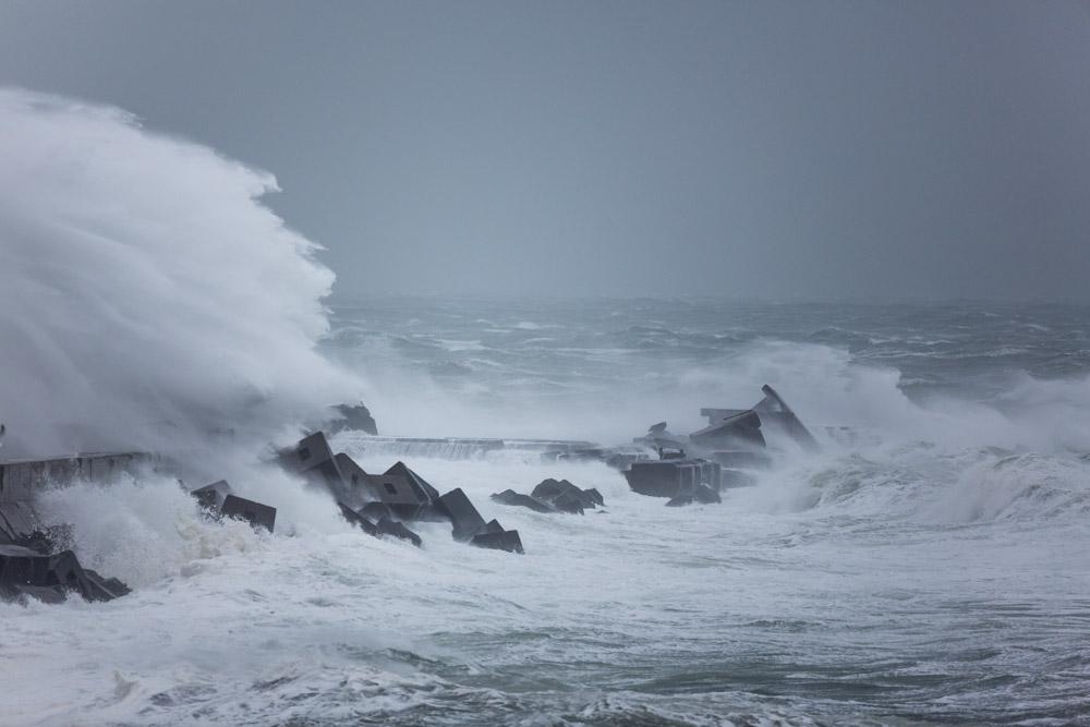 Xaver stürmt Helgoland