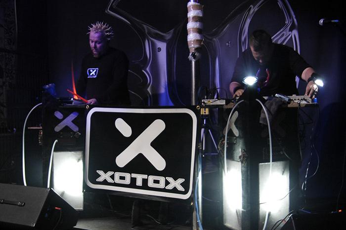 XOTOX Live