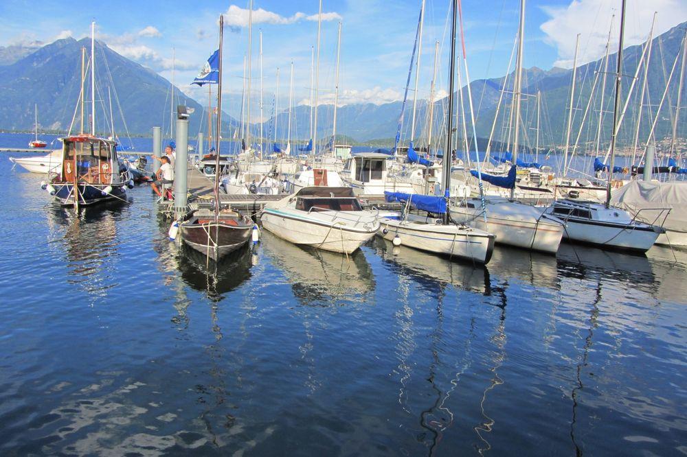 Yachthafen in Domaso