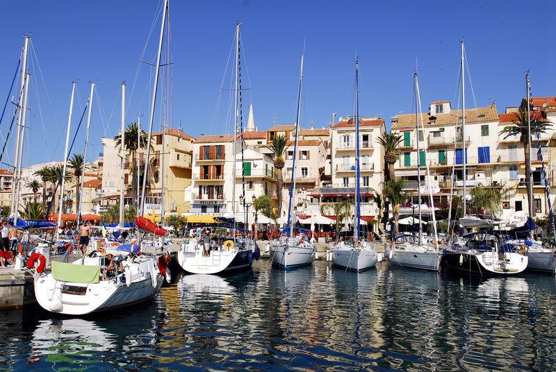 Yachthafen von Calvi